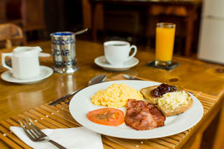 Enjoy a truly african breakfast before embarking on sightseeing.