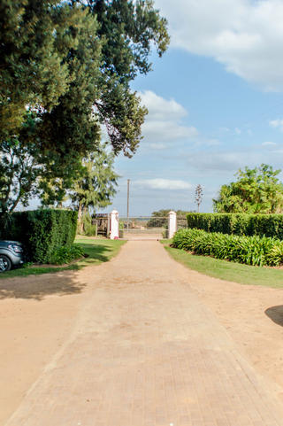 secure parking addo bnb self cater